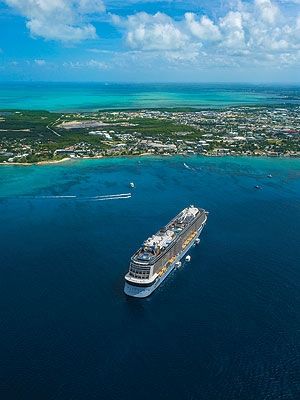 Adventure / Exploration vacation travel - 7 Night Western Caribbean Cruise on Royal Caribbean